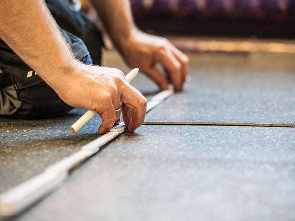 Fußboden Spanplatten Verlegen ~ Nora® kautschukbodenbeläge fachgerechte verlegung