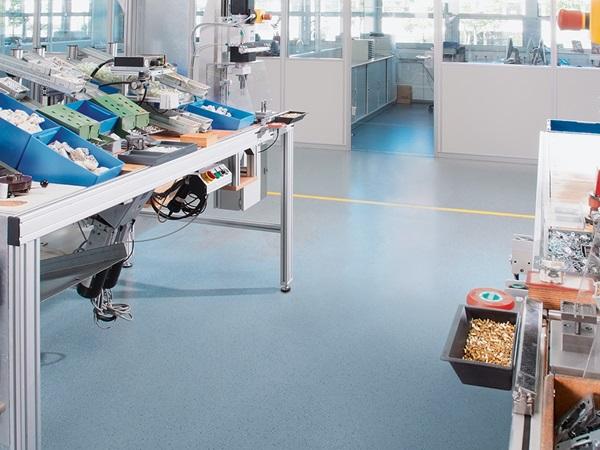 Fußboden Aus Kautschuk ~ Die bodenlösung spezialbodenbeläge aus kautschuk